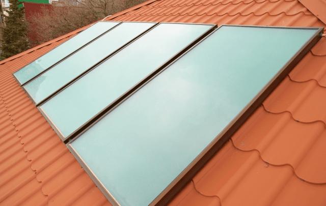 Forøg værdien af dit hus med solvarme